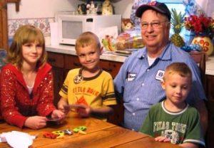 tn_1200_kids_005_with_grandpa-448x311.jpg
